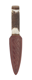 Scottish Staghorn Sgian Dubh With Walnut